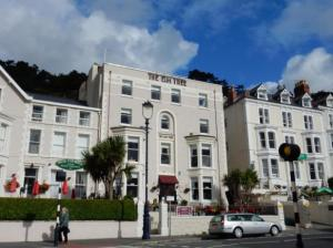 Elm tree hotel