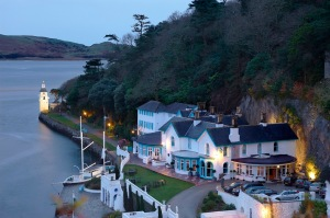 portmeirion-places-to-stay-large