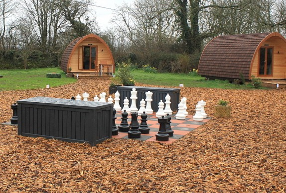 glamping-wales-llanfair-hall-anglesey-1-574x389