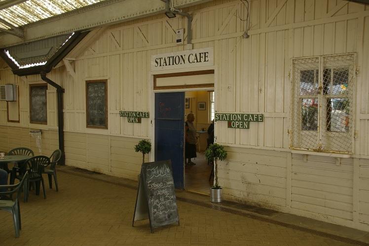 Pwllheli_railway_station_MMB_01