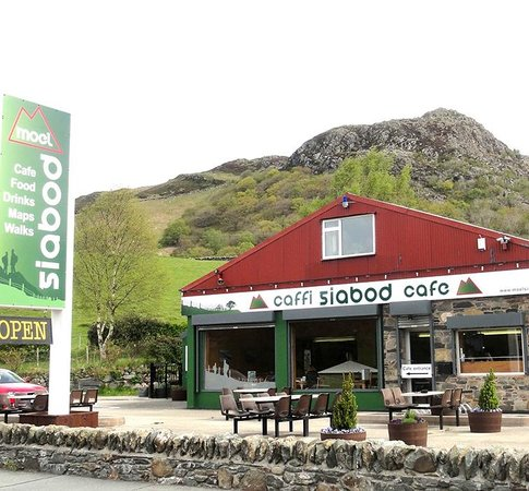 the-moel-siabod-cafe