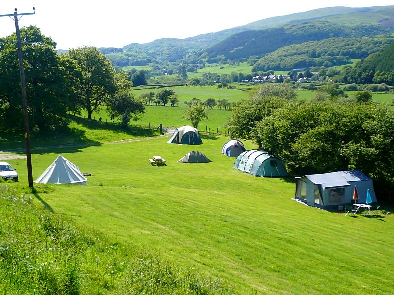 xcamping-field_gwerniago-campsite.jpg.pagespeed.ic.YGZgK5hS0Q