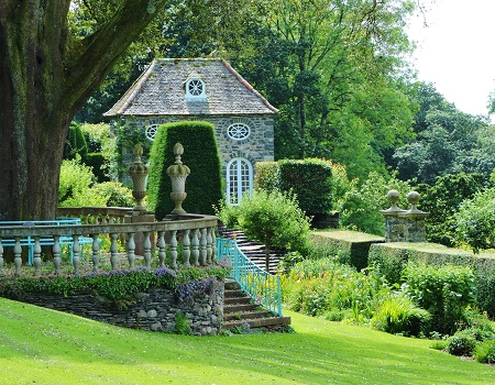 plas-brondanw-garden- great british gardens