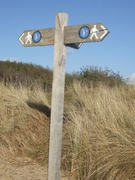 https-::sites.google.com:site:friendsofangleseycoastalpath:about-the-path