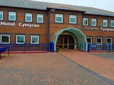 hotel cymuran
