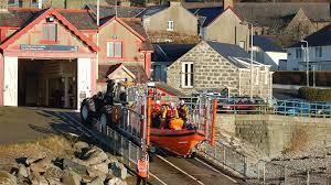 RNLI Cricceith Lifeboat station and Lifeboat. Image RNLI.org