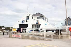 RNLI Treaddur bay Lifeboat station and Lifeboat. Image RNLI.org