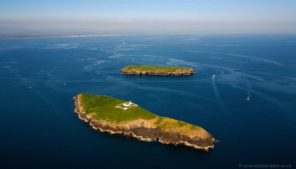Saint Tudwal's Islands Llyn Peninsula - Image : webavailation.co.uk